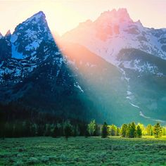 Teton mountains - Been There!  Who needs to go abroad when the US has so many beautiful places to visit!