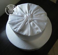 Como fazer Bolo fake de tecido – Passo a passo   Inspire sua festa