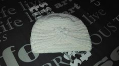 Turban crosetat, din fir de lana merinos. (Textura lanii e foarte fina, placuta la atingere, calitatea insa e destul de proasta. Firul... Crochet Hats, Beanie, Handmade, Fashion, Knitting Hats, Moda, Hand Made, Fashion Styles, Beanies