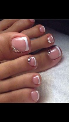 Pretty Pedicures Toe nail art French tip with rhinestones #PedicureIdeas