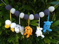 Ravissante chaîne de poussette animaux de la ferme amigurumi au crochet : Jeux, peluches, doudous par hertadesign