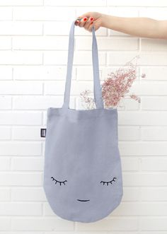 Our Tote Bag Creature Grey is the perfect companion to carry your keys, your mobile phone, this great book you are reading … or even to help you carry your groceries from the local market to your… – 2019 - FASHION Clothes Crafts, Kids Bags, Tote Handbags, Jute, Purses And Bags, Pouch, Reusable Tote Bags, Shoulder Bag, Sewing