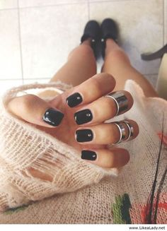 Black nails. - obsessed. If only I could wear my nails like this to work...