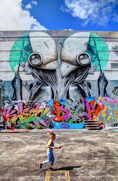 austin cubed: dancing with architecture: miami and its wonderful wynwood walls
