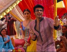 Sneak peek: Alia, Arjun and their 'Iski Uski' http://ndtv.in/1dX1yVG