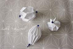 http://smillaswohngefuehl.blogspot.de/2015/01/diy-origamiplissee-anhanger.html