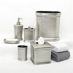 Beautifully Coordinated Set Of Bath Accessoriesthe Mirrored Fair Brushed Nickel Bathroom Accessories Inspiration Design