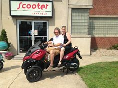 Don't Brian & Erica S look awesome on the Certified Pre-owned 2009 Piaggio MP3 500?   If you're lucky, you may spot them cruising around Western Massachusetts on this amazing machine! Have fun guys...and enjoy! :)