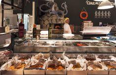 La pescheria dei pescatori, Anema e Cozze, Marcianise, Italy   food   retail   design   visual