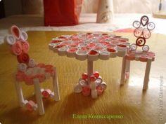 Поделка, изделие Квиллинг: Мебель для куклы Бумага