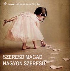Hálát adok a mai napért. Szeresd magad. Nagyon szeresd. Senkivel nem kell versenyezned. Hiszen utolérhetetlen vagy mindazzal az ajándékkal, amit Isten adott neked. Az élet fölfelé zajlik. Isten és közted. Így szeretlek, Élet!  Köszönöm. Szeretlek ❤  ⚜ Ho'oponoponoWay Magyarország ⚜