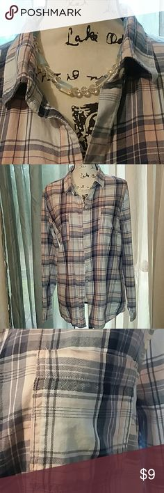 Gap shirt Flannel plaid pink blue and white with pockets , wear with jeans. GAP Tops Button Down Shirts