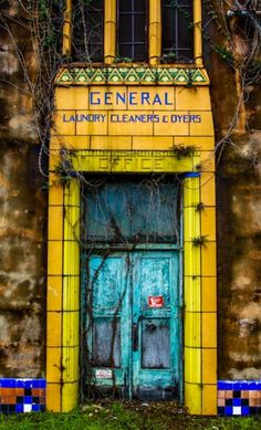 General Laundry, etc. - New Orleans, Louisiana (by Keith LeBlanc)