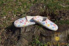 Womens Slippers, Handmade slippers, House Shoes, Felted Wool Slippers, House slippers, Felted slippers. Эко-тапочки валяные из шерсти. by Lilifelt on Etsy