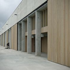 Office Building and Warehouse at Temse by CLAESSENS ARCHITECTEN