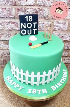 Cricket Birthday Cake, Themed Birthday Cakes, Cupcake Cakes, Cupcakes, Cricket Bat, Birthday Cake Decorating, Milestone Birthdays, Family Events, Piece Of Cakes