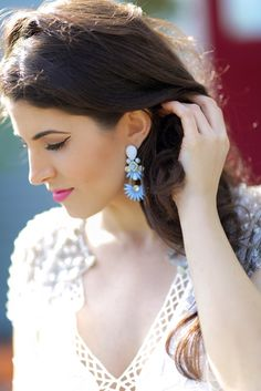 White Lace Dresses and baby blue chandelier earrings // Laura Lily - Fashion, Travel & Lifestyle Blogger // Shop Sosie