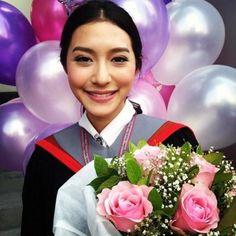Beautiful Asian Girls, Lightroom, Tutorials, Crown, Women, Corona, Crowns, Crown Royal Bags, Wizards