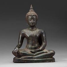 389. A seated bronze Buddha, Thailand, presumably Lanna, 15th/16th Century.