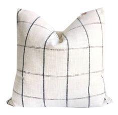 Living Room Decor Pillows, Diy Pillows, White Pillows, Couch Pillows, Throw Pillows, Travel Pillows, Accent Pillows, Farmhouse Decorative Pillows, White Pillow Covers