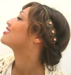 Headband / Bijou de tête mariage ultra - cute / fleurs rose poudrées