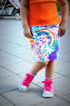'graffiti skirt' tutorial. made by letting your child design their own fabric!