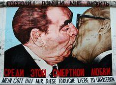 Russian artist Dmitri Vrubel's Berlin Wall mural Fraternal Kiss depicts former East German leader Erich Honecker embracing former Soviet premier Leonid Brezhnev at a 1979 meeting. Fresco, Berlin Ick Liebe Dir, Graffiti, Berlin Street, Berlin Travel, East Side Gallery, Berghain, Robert Doisneau, Berlin Wall
