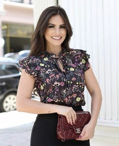 1005 likes 14 comments Blouse Styles, Blouse Designs, Look Office, Robes Vintage, Shorty, Facon, Work Attire, Cute Tops, Fashion Dresses
