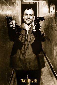 Robert De Niro as Travis Bickle (Taxi Driver, Martin Scorsese The Best Films, Great Films, Good Movies, Martin Scorsese, Inspirer Les Gens, Movie Stars, Movie Tv, Chauffeur De Taxi, Photo Star