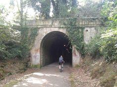 Sendas Verdes - Túnel en la Vía Verde de la Camocha - 30 Días en Bici Gijón 2014