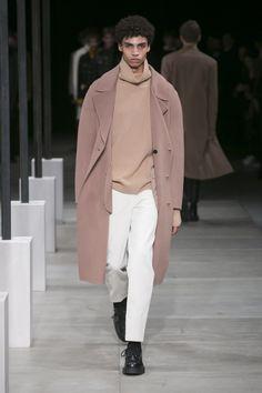 Sandro, Look #23 Fall Winter 2016 - Paris Man Fashion Week - Bxy Frey  http://www.womenswatchhouse.com/
