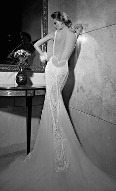 Vestido sem costas para noivas by GALIA LAHAV. The Best Designers for Backless Wedding Dresses | Bridal Musings Wedding Blog 27
