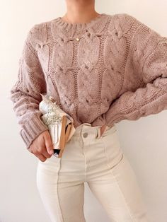 Modest Outfits, Cute Casual Outfits, Simple Outfits, Outfit Look, Cozy Sweaters, Hand Knitted Sweaters, Casual Sweaters, Fashion Outfits, Womens Fashion