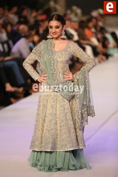 #mishaLAkhani presenting collection on Pakistan bridal week pinned by #sidraYounas
