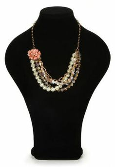 Glam Collection Gold Chain and Pearls Necklace and Earrings