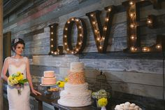 A Dallas Rustic Vintage Wedding Inspiration Shoot from Keestone Events