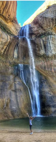 Secret waterfall in Utah near Bryce Canyon called Lower Calf Creek, at the end…