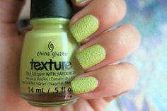 In the Rough de China Glaze  #nails #nailart #esmaltes #textura