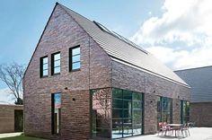 Modernes Satteldachhaus