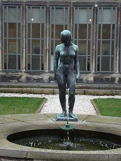 Statue Assia à Rotterdam, sculptée en 1937 par Charles Despiau