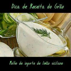 Nada melhor que uma salada fresquinha num dia quente como hoje.  Nossa sugestão para acompanha-la: Molho de iogurte de limão siciliano: - 1 pote de 90 gr de iogurte greco de limão siciliano - 1 colher se sopa de Azeite Suco de 1/2 limão siciliano - 2 colheres de sopa de creme de leite fresco - Raspa de limão,  Alecrim e Sal à gosto  Serve 2 pessoas  #gastronomia #graosagrado #comerbem #instafood #chefemcasa #novidades #food #foodstagram #antepastos #comidaitaliana #comidacaseira #delicia…