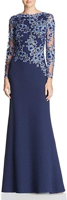 Tadashi Shoji Embroidered-Bodice Crepe Gown We share the most beautiful and new dress patterns for y Elegant Dresses, Casual Dresses, Fashion Dresses, Formal Dresses, Dresses Dresses, Ad Fashion, Mother Of Groom Dresses, Mothers Dresses, New Dress Pattern