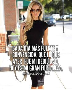Inspirational Phrases, Motivational Phrases, Meaningful Quotes, Boss Lady, Girl Boss, Latinas Quotes, Quotes En Espanol, Beautiful Notes, Millionaire Quotes
