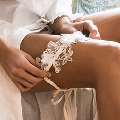 cinta liga bordada off white etiquette