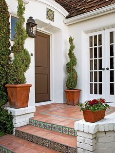 Home Makeover Ideas : A beautiful entrance to your home will make your guests feel both impressed and ... TrendyIdeas.net | Your number one source for daily Trending Ideas