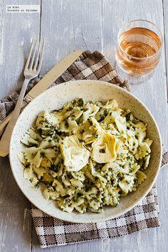 Receta de pastas cremosas con espinacas y alcachofas. Receta con fotografías del paso a paso y recomendaciones de degustación. Receta de pastas. ...