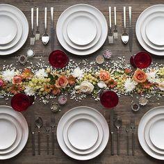Tudo pronto para o almoço...Bom apetite!  All set for lunch...Enjoy!  #Herdmar #Vintage #avestirasuamesadesde1911 #dressingyourtablesince1911  Casa de Perrin ©