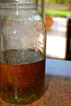 Natural Health and Prevention: Preparing Herbal Teas: Infusions