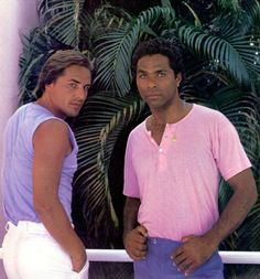 Don Johnson and Philip Michael Thomas in Miami Vice Don Johnson, Miami Vice, Old Tv Shows, Movies And Tv Shows, Fashion Documentaries, Film Serie, Classic Tv, My Guy, Favorite Tv Shows