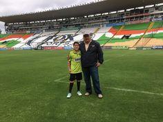 Rodrigo y Roberto. Estadio León